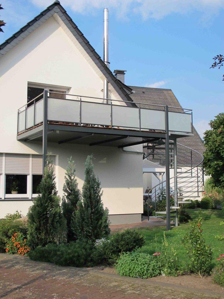 balkone gel nder heidacker edelstahlm bel metallkonstruktionen. Black Bedroom Furniture Sets. Home Design Ideas